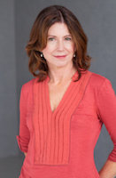Photo of Paula McLain