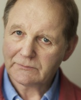 michael morpurgo short stories and essays Other than a short framing  and this is a book to truly enchant youngsters who don't know the old stories  the story of robin hood by michael morpurgo.